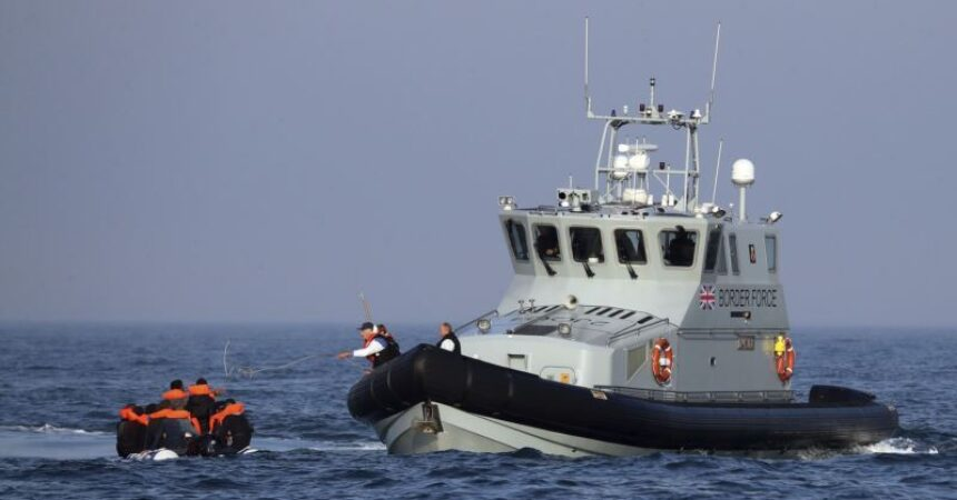 30 migrants rescued at sea and brought back to France  ~ #AFP: